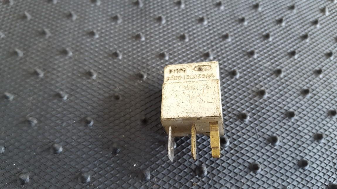 Relay module 93BG13L028AA B47PG Ford MONDEO 1996 1.8
