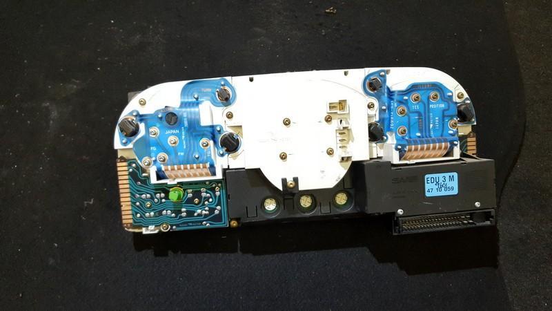 4428561 Speedometers - Cockpit - Speedo Clocks Instrument SAAB 9000 1996 2.0L 15EUR EIS00265476