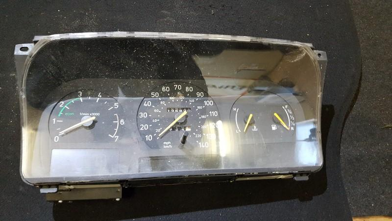 4428561 Speedometers - Cockpit - Speedo Clocks Instrument SAAB 9000 1996 2.0L 15EUR EIS00265476