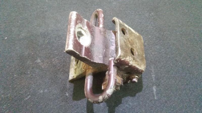 Galiniu duru vyris Gal. nenustatytas n/a Audi 80 1994 1.9