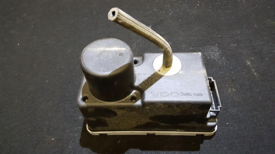 Вакуумное устройство системы Volkswagen Vento 1992    1.9 1H0962257