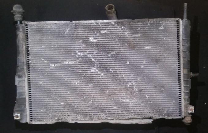 Radiator Ford Mondeo 2001    2.0 xs7h8005ed