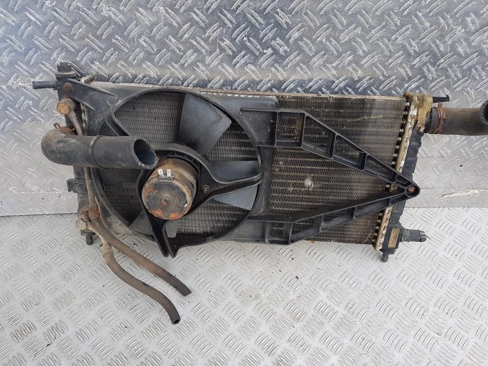 Радиатор Opel Corsa 1995    1.4