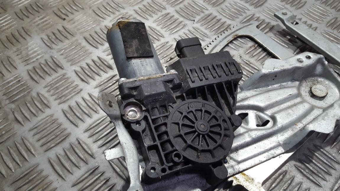 Duru lango pakelejo varikliukas P.K. 1412009447 N/A Opel ASTRA 1998 2.0