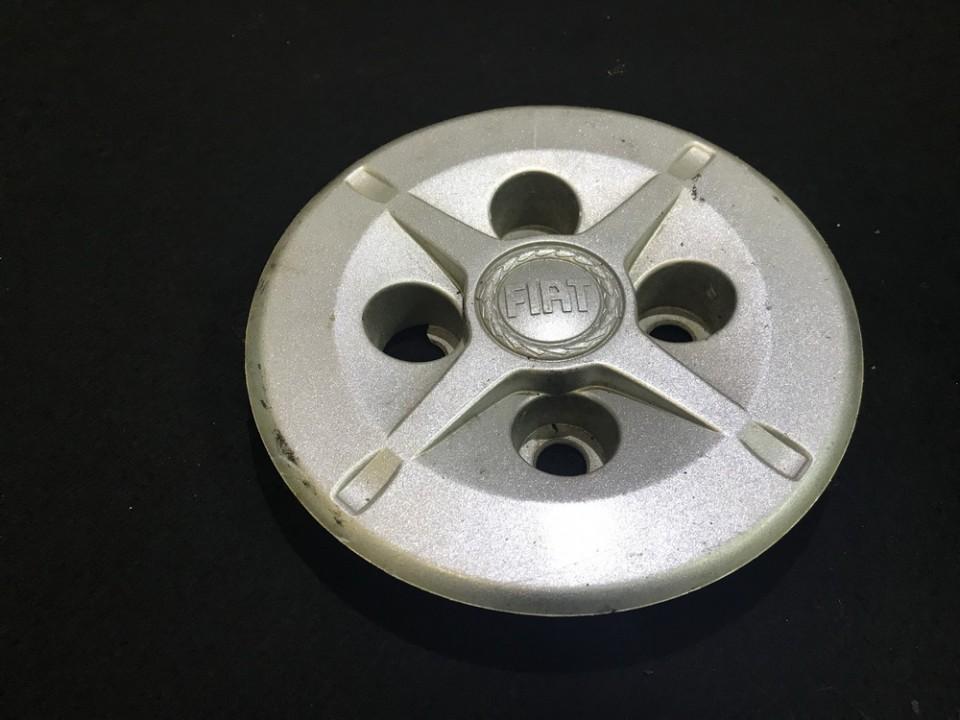 центра колеса колпак ступицы шапки диски крышка 0517687870e n/a Fiat DOBLO 2008 1.9