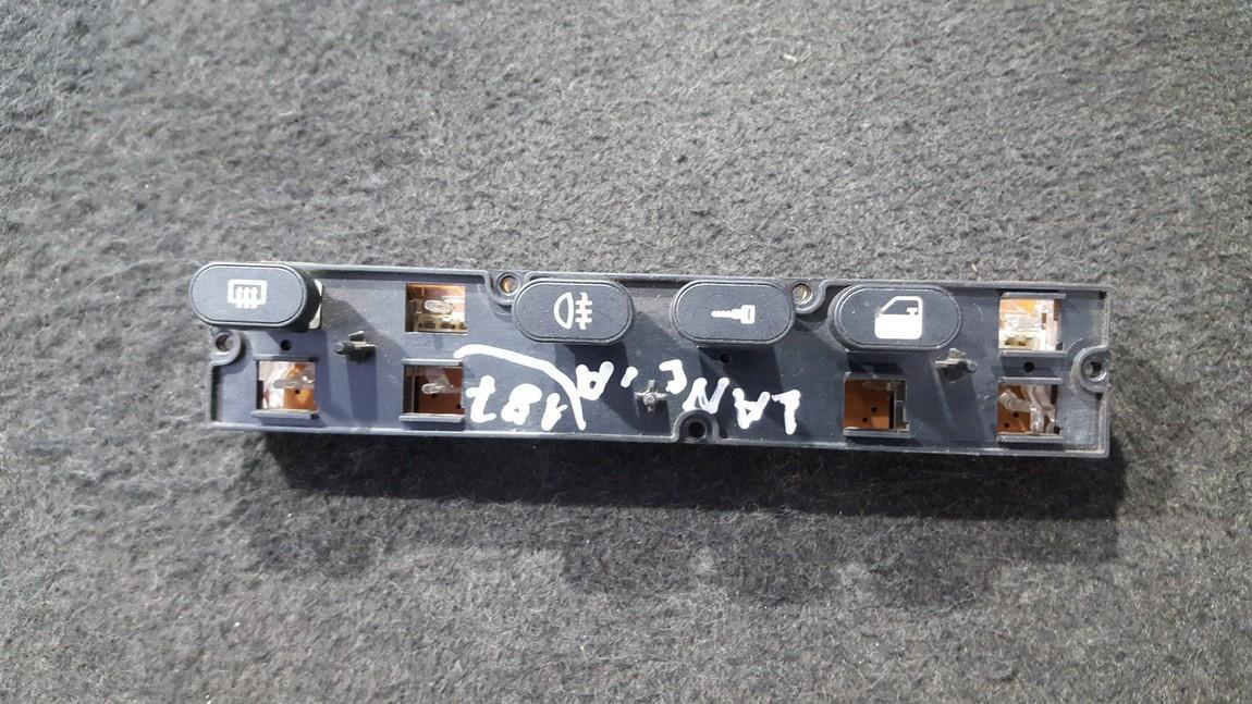Stiklo sildymo mygtukas NENUSTATYTA NENUSTATYTA Lancia THEMA 1993 2.0