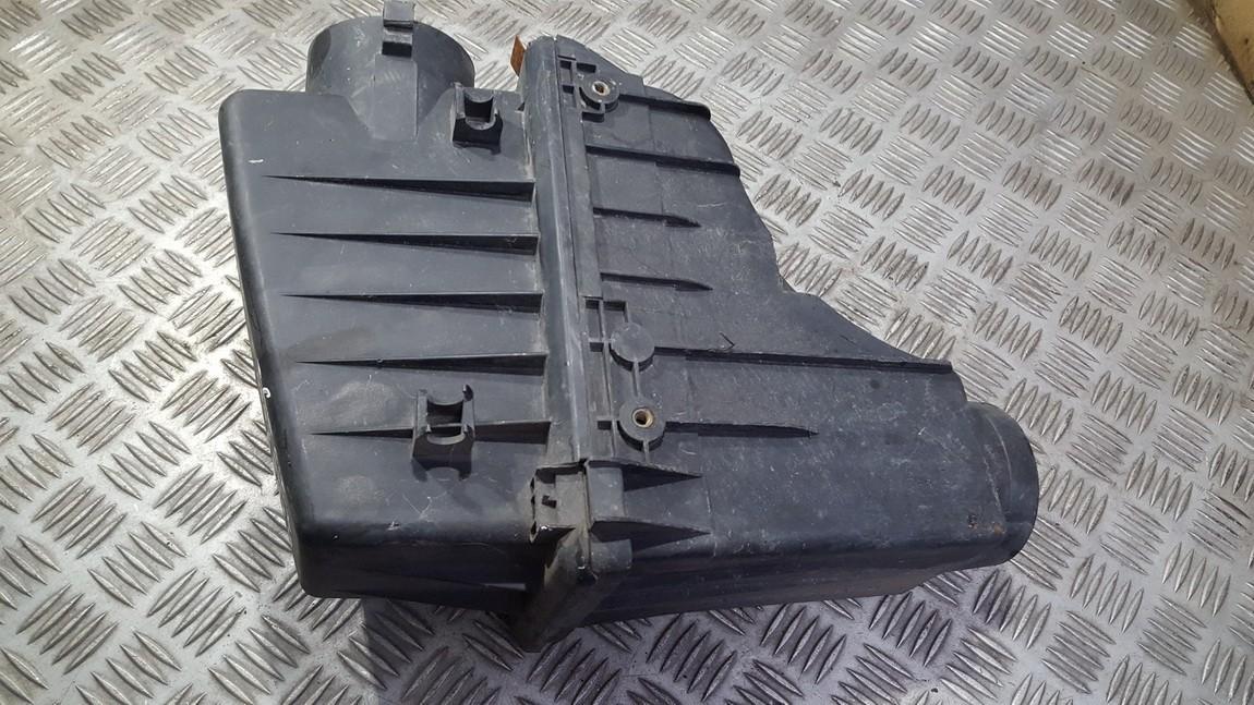 Продам корпус воздушного фильтра Rover 45 2000    2.0