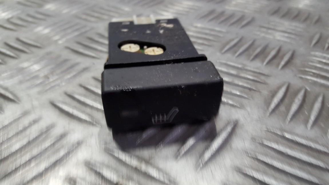 Sedyniu sildymo mygtukas NENUSTATYTA n/a Rover 45 2000 1.8