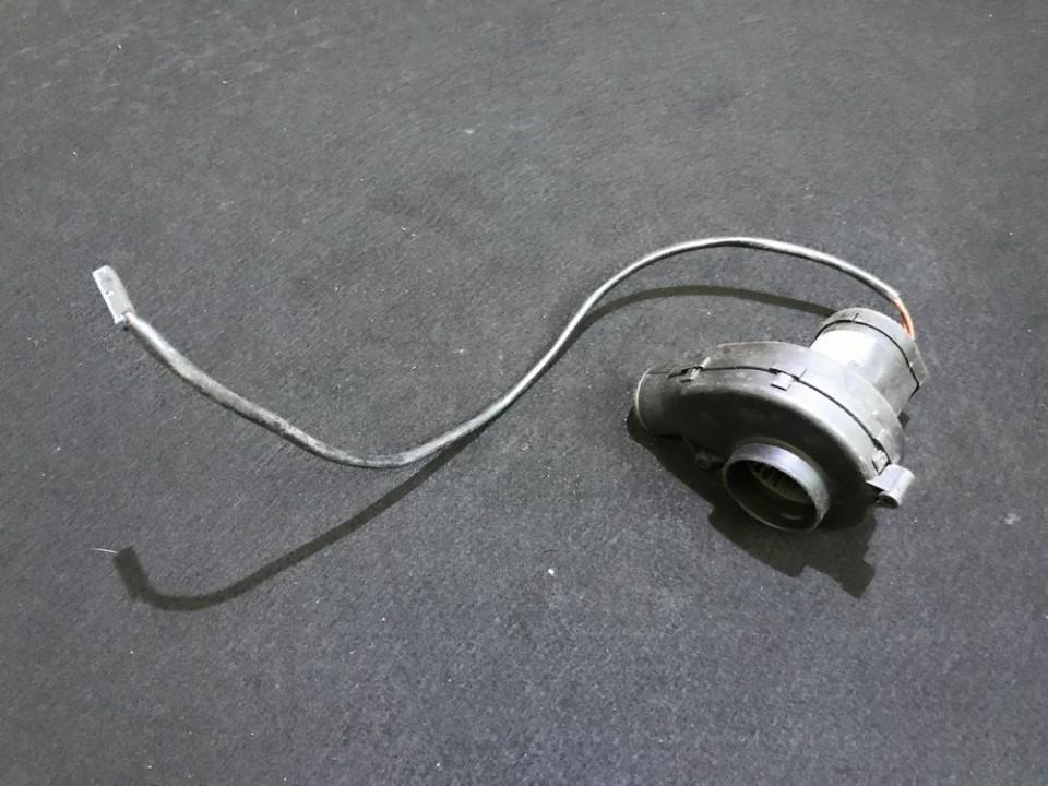 Mercedes-Benz  E-CLASS Salono ventiliatorius