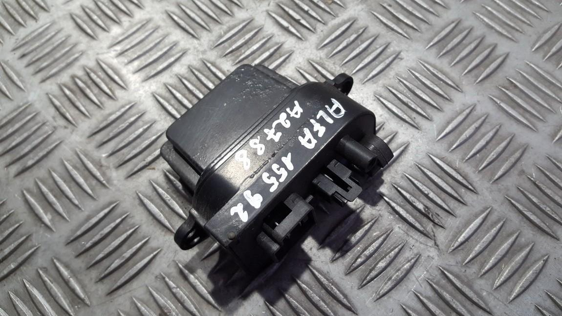Резистор отопителя Alfa-Romeo 155 1992    1.8 BC90225