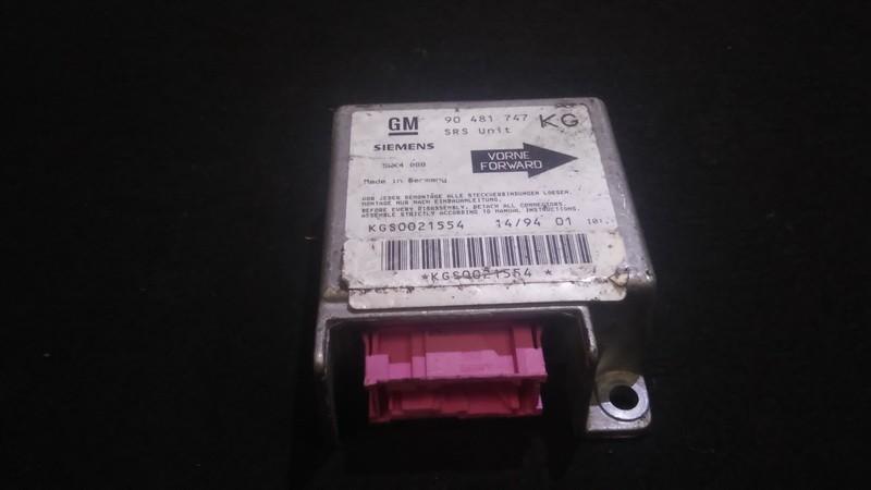 Блок управления AIR BAG  Opel Corsa 1999    1.4 90481747