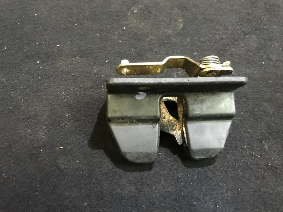 Активатор замка багажника Volkswagen Transporter 1994    0.0 701827162