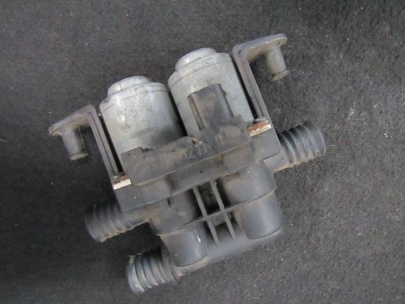 Клапан отопителя BMW 5-Series 1998    2.0 8374995