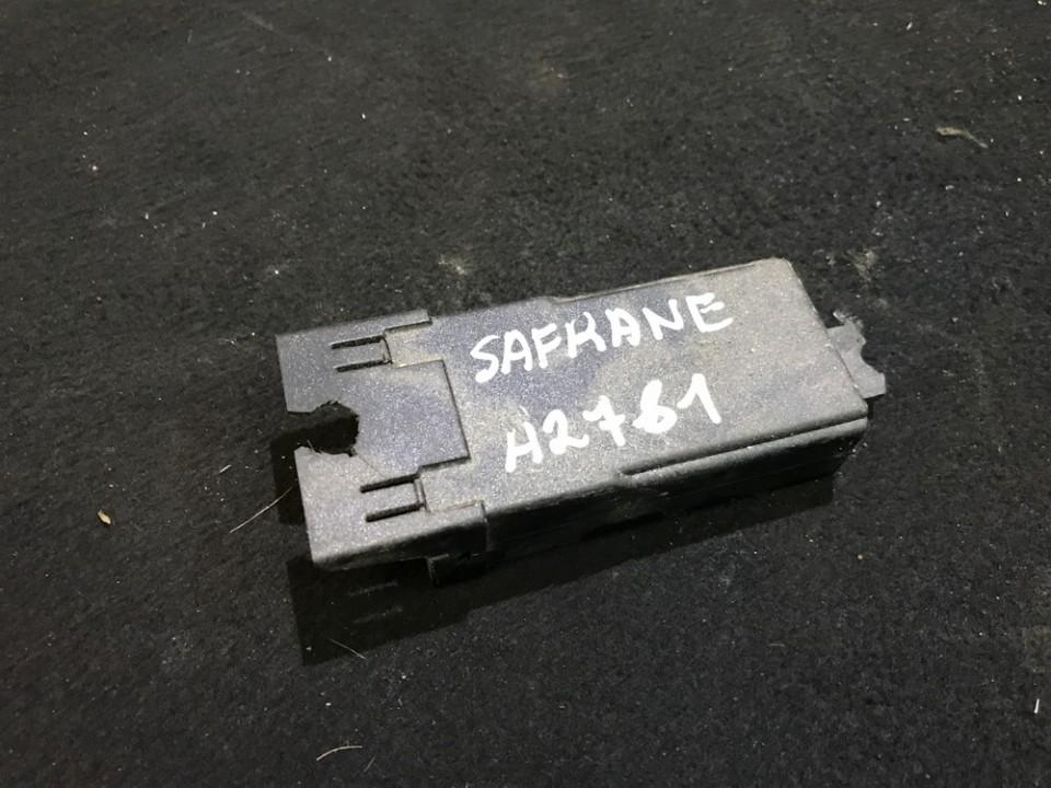 Другие компьютеры Renault Safrane 1993    3.0 7700808950