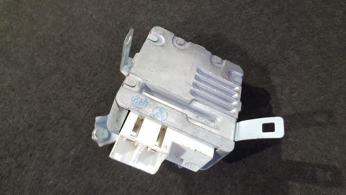 Блоки управления Насос гидроусилителя Toyota Yaris 2007    1.4 1129001001