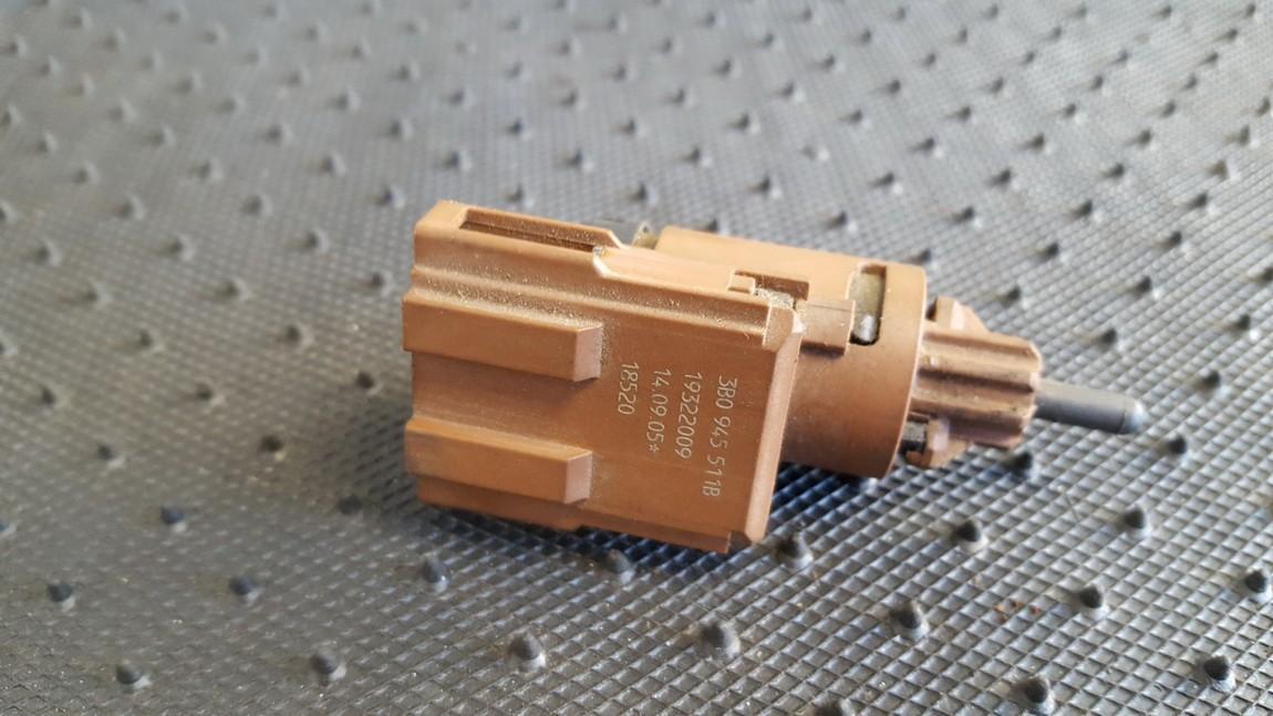 Stabdziu zibintu daviklis (rele-varlyte) 3B0945511B 19322009 Volkswagen CADDY 2008 1.9