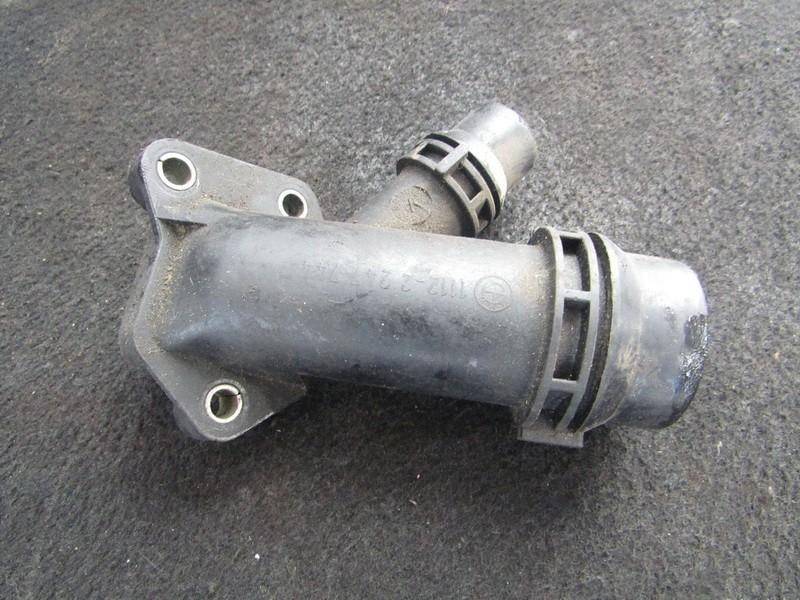 Фланец двигателя системы охлаждения 11122247744 1112-2247744 BMW 5-SERIES 2006 2.0