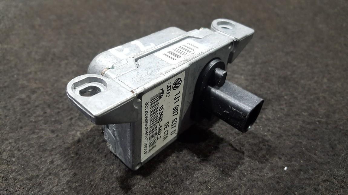 ESP greitejimo sensorius 1J1907637D 10.0980-0482.2, 10.09800482.2, 10098004822, 1J0907655A, 10.0985-0306.4, 10.09850306.4, 10098503064, 7GD3C173UT Volkswagen GOLF 2004 1.6