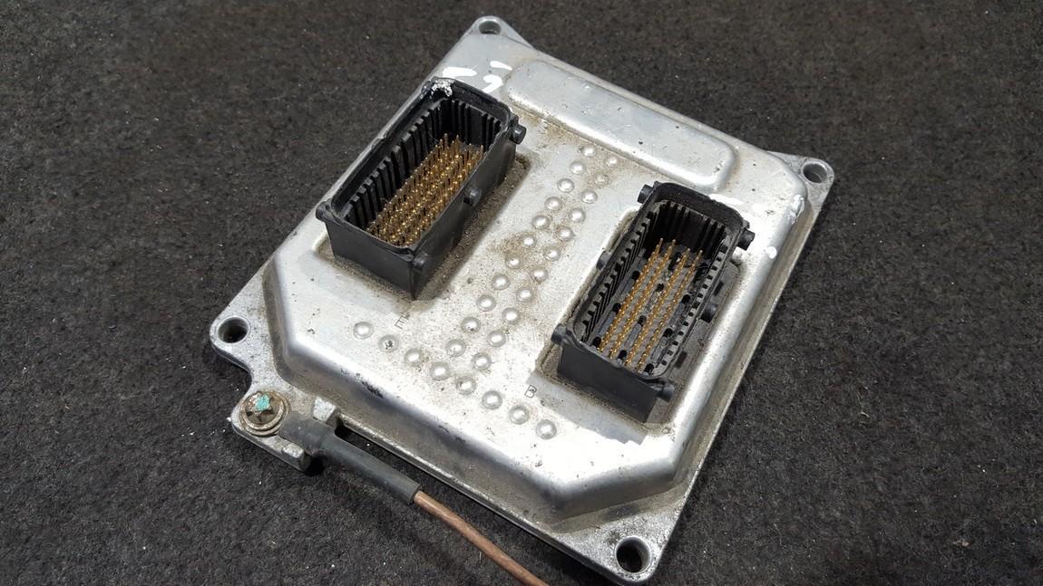 Блок управления двигателем 55355631 S0600201, 5WK9407, 5121217282, 0675101C Opel VECTRA 2006 1.9
