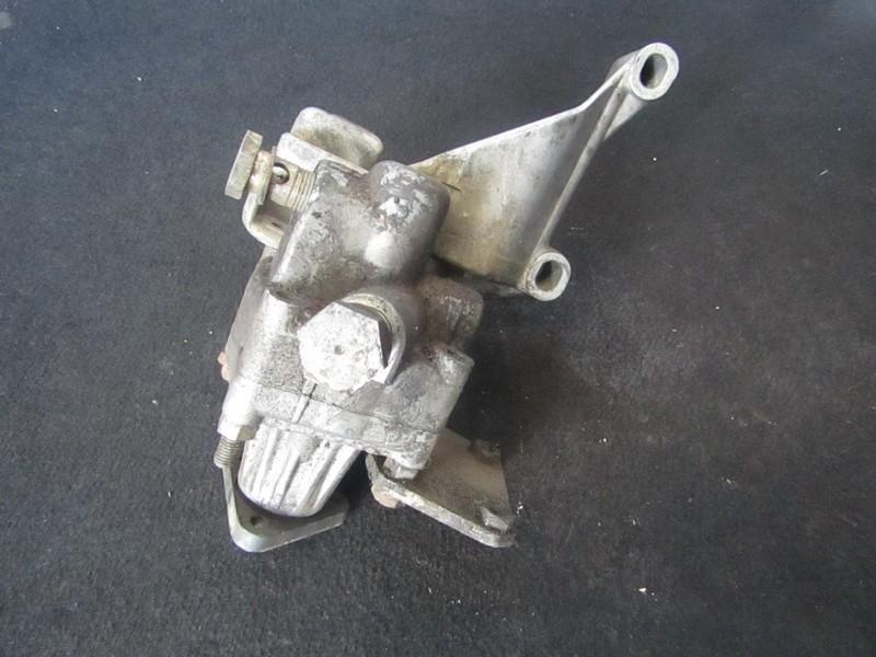 Vairo stiprintuvo siurblys 026145155b k048035, 7681955128 Audi 80 1989 1.8
