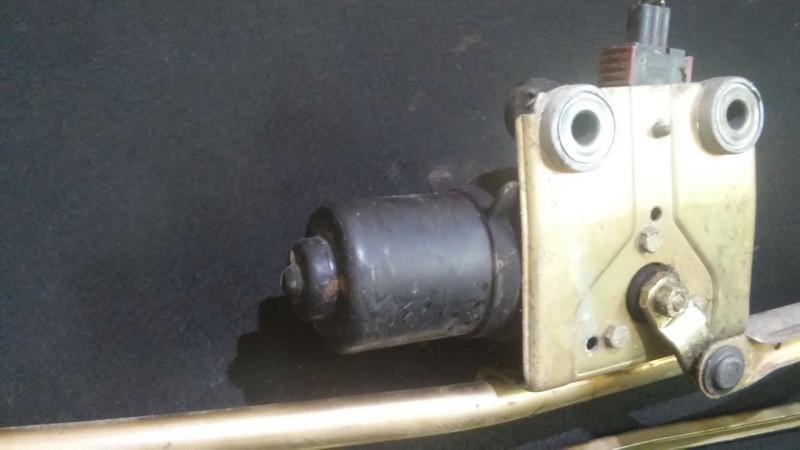 Priekinis langu valytuvu varikliukas nenustatytas n/a SAAB 9-5 1998 2.0