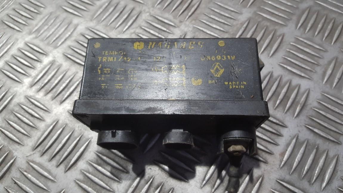 Glow plug relay 7700869319 N/A Volvo 440 1994 2.0