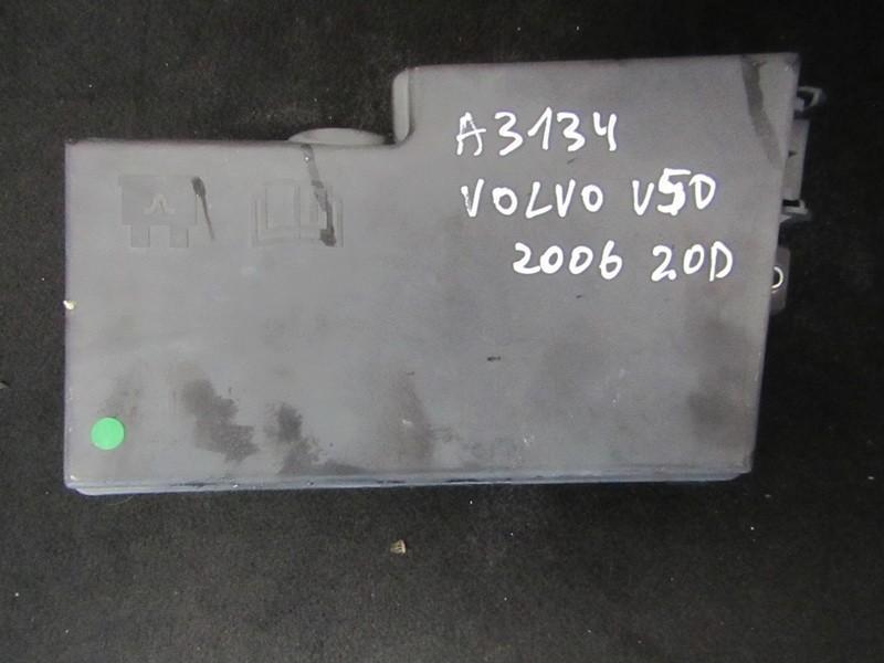 Saugikliu deze 8688040 518818000 Volvo V50 2006 2.0