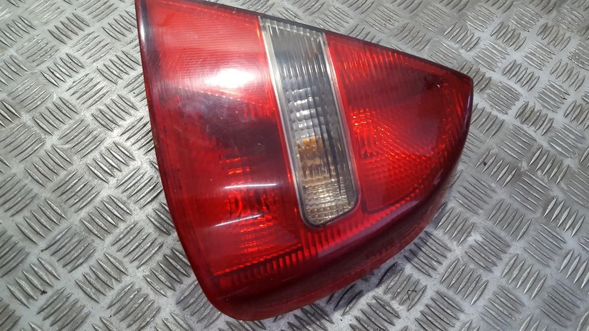 Фонарь задний наружный правый NENUSTATYTA n/a Mitsubishi CARISMA 1996 1.6