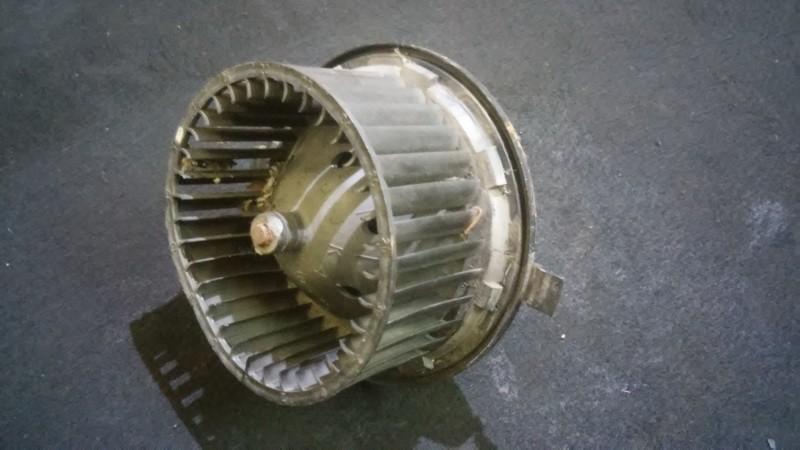 Salono ventiliatorius 881034735 191819021,3131090044,191959263c Volkswagen GOLF 2008 1.4