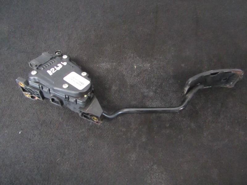 Accelerator Pedal (potentiometer) Mitsubishi Carisma 2001    1.9 m865642