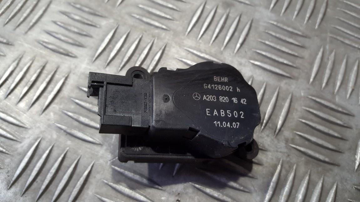 Электродвигатель заслонки отопителя Mercedes-Benz  W203, 2000.05 - 2004.02