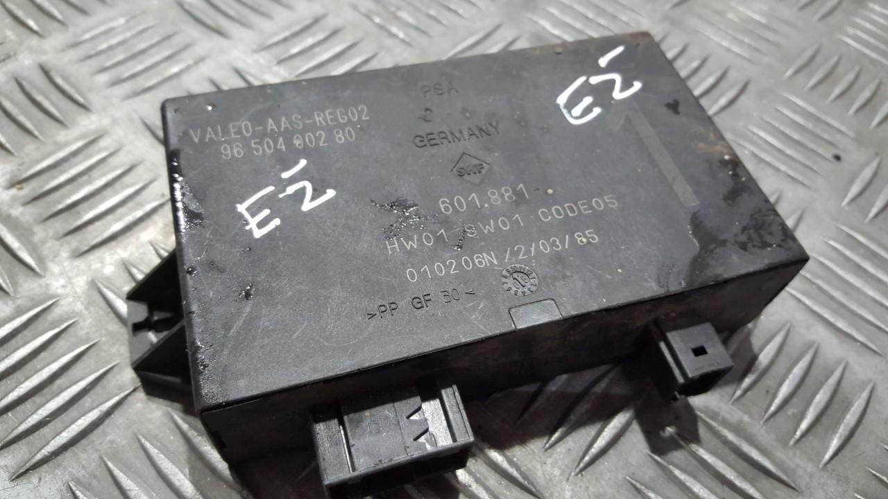 Блок управления парковочным Citroen C8 2006    0.0 9650400280