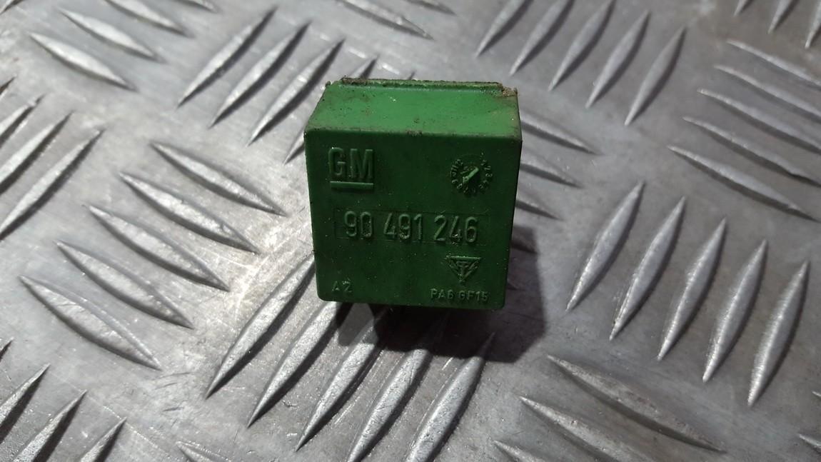 Rele 90491246 gm90491246 Opel OMEGA 1997 2.0