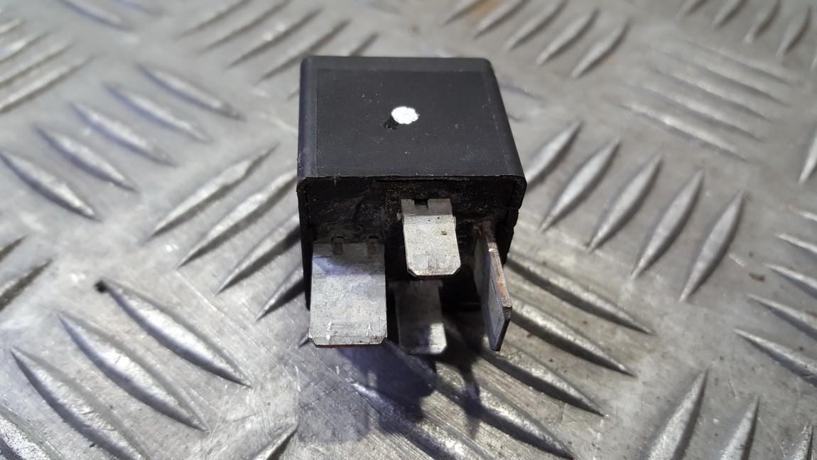 Relay module Renault Scenic 2004    0.0 7700821864