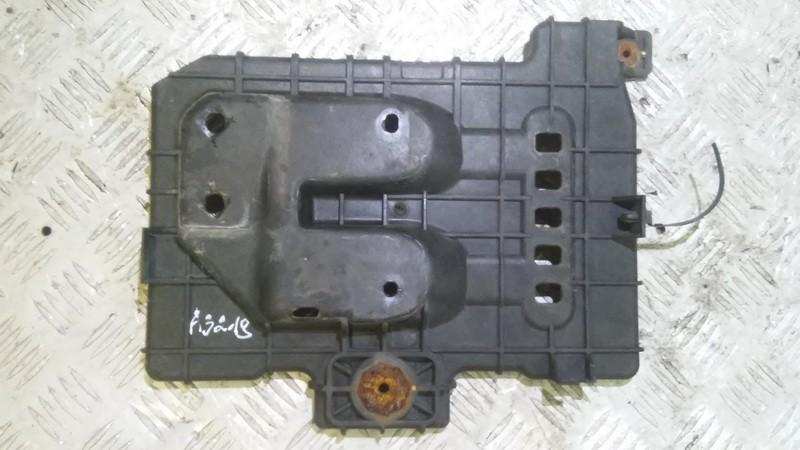 Battery Hold Down Hyundai i30 2007    1.5 371501h500