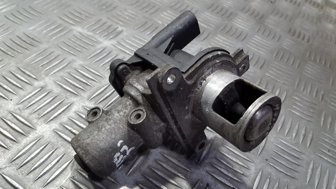 EGR valve  Renault Megane 2004    1.5 8200282949