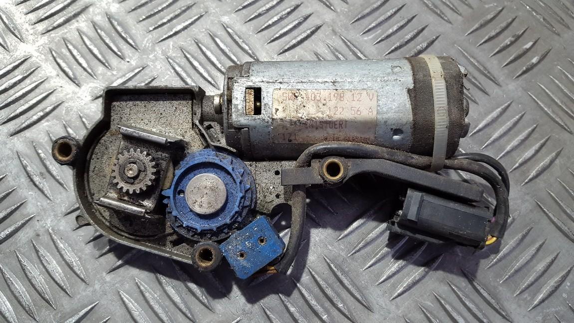 маторчик на люк BMW 5-Series 1990    0.0 40319812