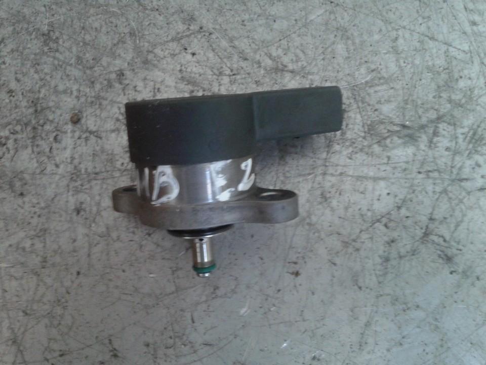 Fuel Pressure Sensor Mercedes-Benz E-CLASS 2005    2.7 0281002241