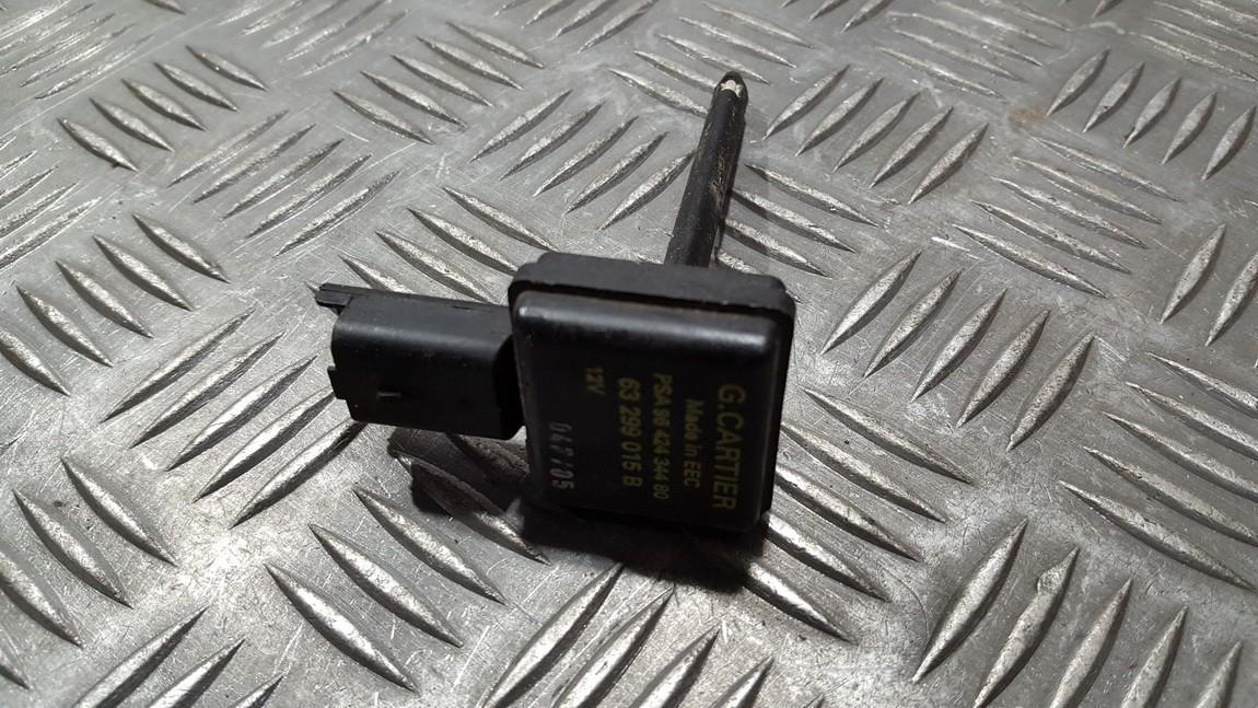Другие датчики Citroen C5 2002    2.0 63299015B