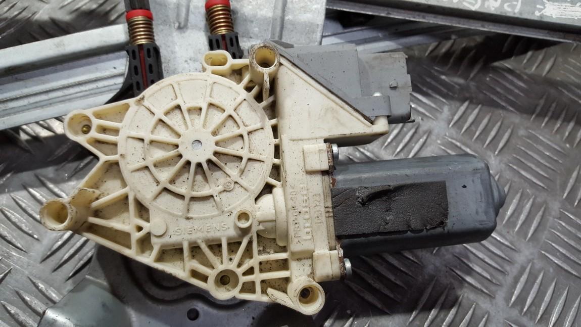 Duru lango pakelejo varikliukas P.D. 12800291 9700-105129-105 Citroen XSARA PICASSO 2003 2.0