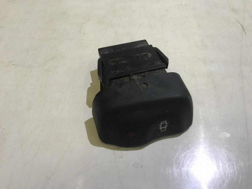 Кнопка центрального замка Renault Megane 1998    0.0 429993B