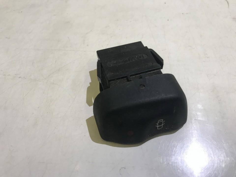 Кнопка центрального замка Renault Megane 1998    0.0 841242B