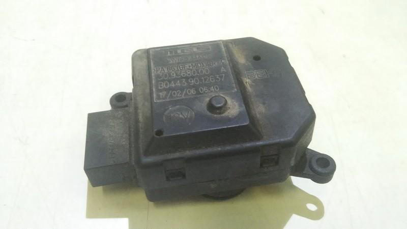 Peciuko sklendes varikliukas b04439012637 30.93680.00a Opel ZAFIRA 2000 1.8