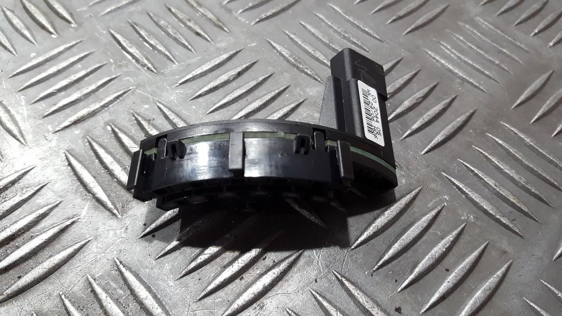 Датчик угла поворота рулевого колеса Audi A4 2006    0.0 00204405