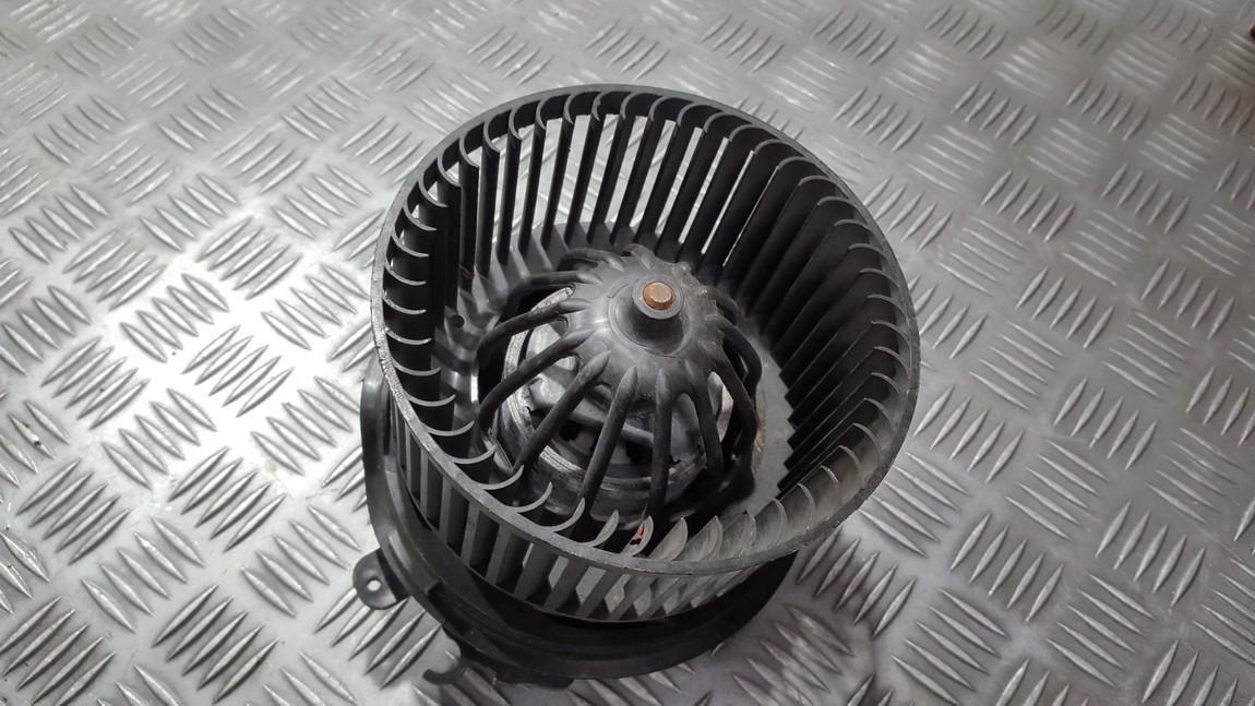 Вентилятор салона Citroen C3 2003    0.0 used