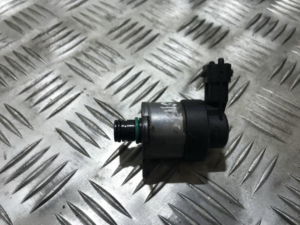 FUEL RAIL HIGH PRESSURE SENSOR 0928400607 USED Peugeot 207 2009 1.4