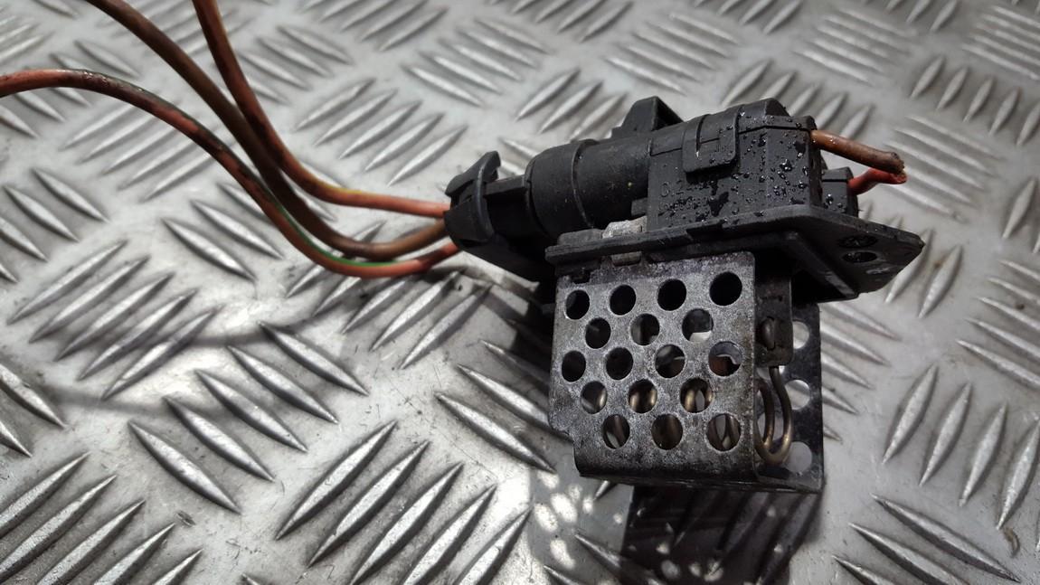 Резистор отопителя Opel Zafira 2007    0.0 3134503081