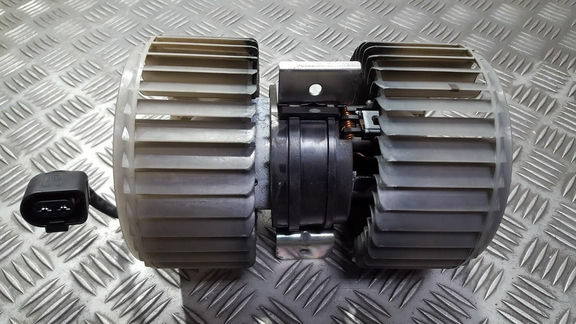 Вентилятор салона Audi A8 2004    4.2 0130111047