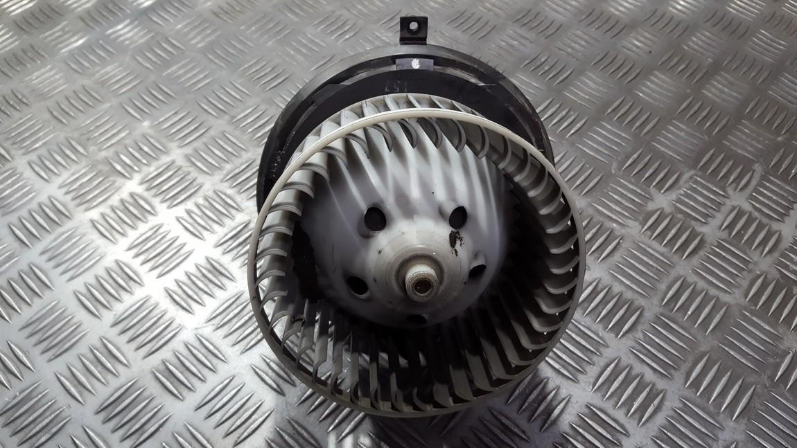 Вентилятор салона Renault Laguna 2002    1.6 885001315FZ