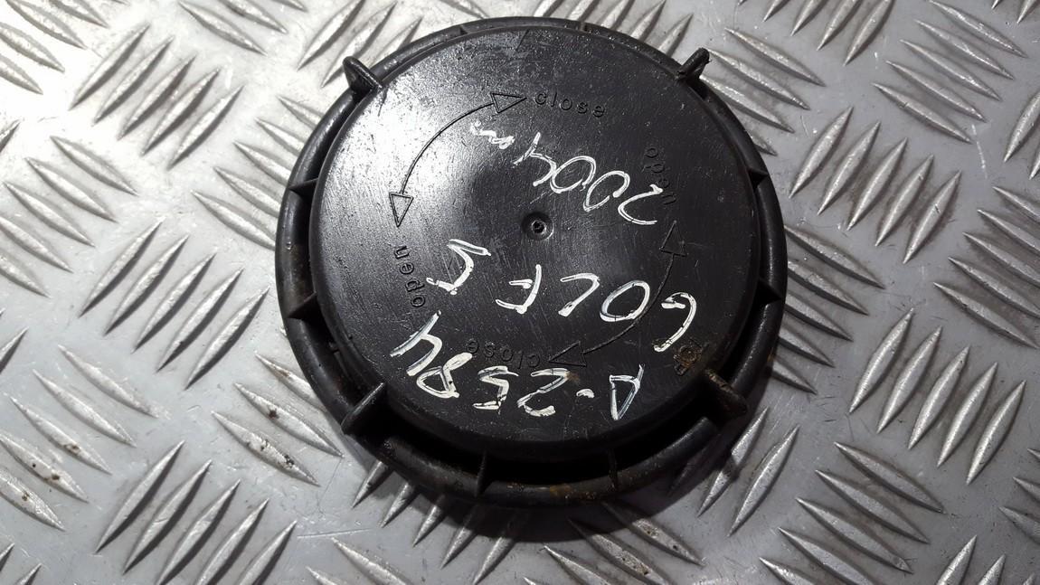фар пыль лампы крышка / крышка Volkswagen Golf 2004    1.6 14735300